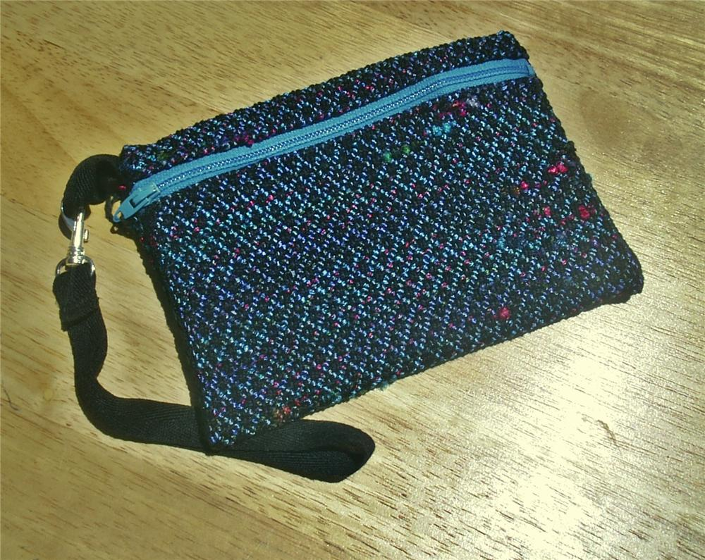 Handwoven Zippered Wristlet Bag 2